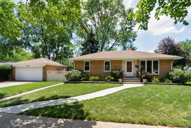 1501 Harding Avenue, Berkeley, IL 60163 (MLS #10448182) :: Berkshire Hathaway HomeServices Snyder Real Estate