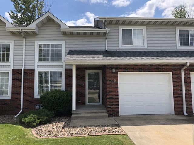 109B Bannon Drive #3, Dwight, IL 60420 (MLS #10448512) :: John Lyons Real Estate