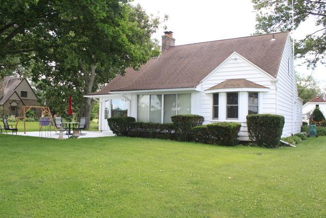 1303 Shore Acres Road, Rock Falls, IL 61071 (MLS #10448531) :: Baz Realty Network | Keller Williams Elite