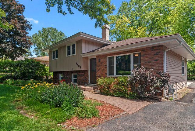 4409 Center Avenue, Lisle, IL 60532 (MLS #10448533) :: Berkshire Hathaway HomeServices Snyder Real Estate