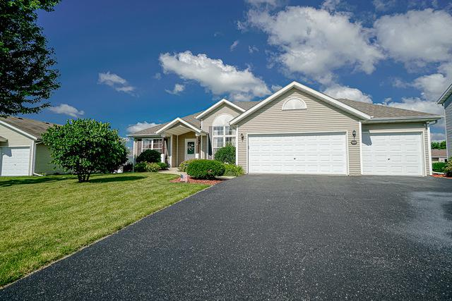 11192 Jasmine Drive, Roscoe, IL 61073 (MLS #10448911) :: The Perotti Group | Compass Real Estate