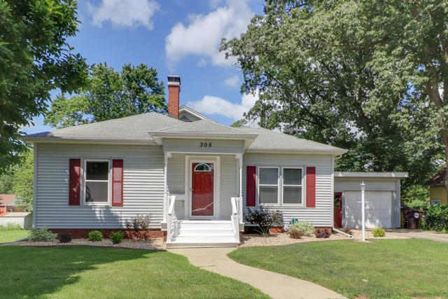 305 S Lynn Street, LEROY, IL 61752 (MLS #10449068) :: Berkshire Hathaway HomeServices Snyder Real Estate