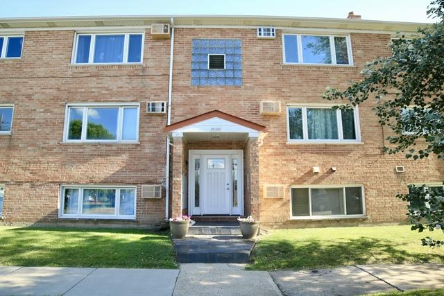 9811 Lawrence Court 1A, Schiller Park, IL 60176 (MLS #10449125) :: Property Consultants Realty
