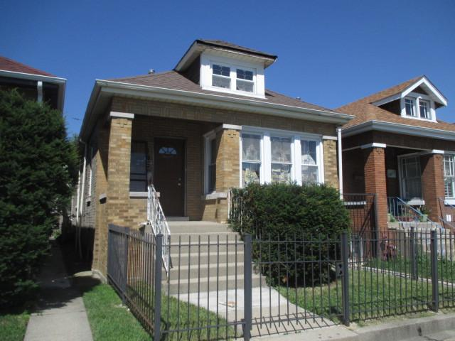 5726 S Whipple Street, Chicago, IL 60629 (MLS #10449128) :: The Perotti Group | Compass Real Estate