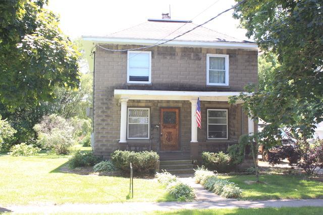 206 E 7th Street, Rock Falls, IL 61071 (MLS #10449195) :: Baz Realty Network | Keller Williams Elite