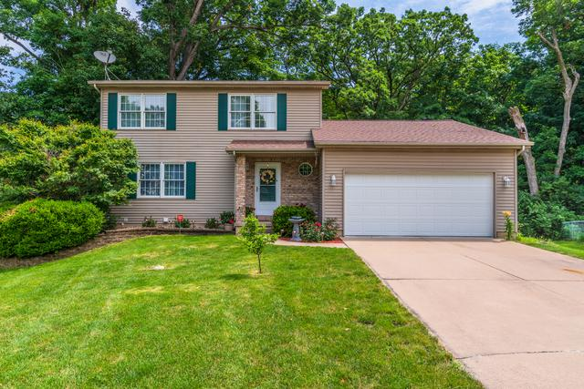 2 Scenic, Bloomington, IL 61701 (MLS #10449532) :: Berkshire Hathaway HomeServices Snyder Real Estate