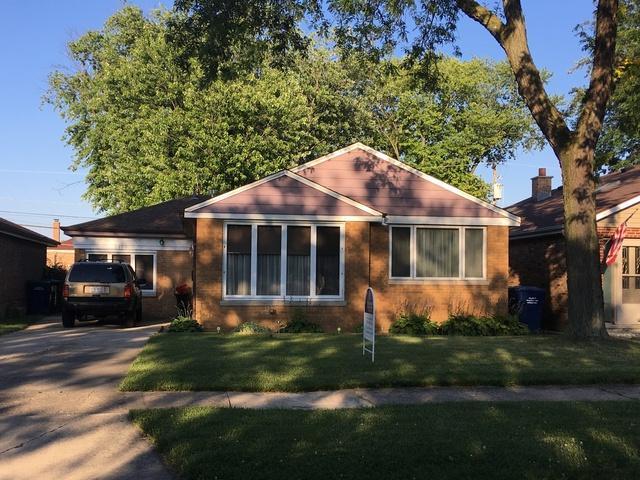 8909 S Utica Avenue, Evergreen Park, IL 60805 (MLS #10449563) :: The Perotti Group | Compass Real Estate