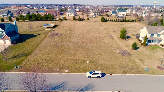 Lot 15 Woodview Street, Plano, IL 60545 (MLS #10449630) :: Berkshire Hathaway HomeServices Snyder Real Estate