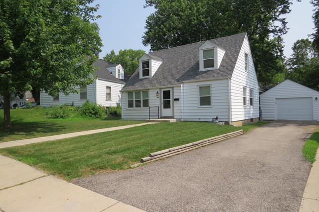 407 Sunset Drive, Elgin, IL 60123 (MLS #10449655) :: Angela Walker Homes Real Estate Group