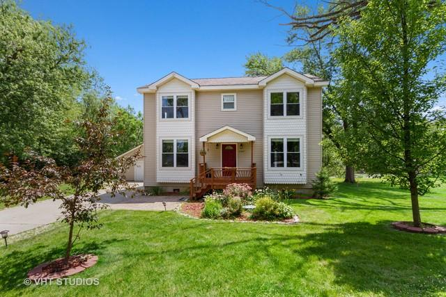 23417 W South Lakewood Lane, Lake Zurich, IL 60047 (MLS #10449671) :: Berkshire Hathaway HomeServices Snyder Real Estate