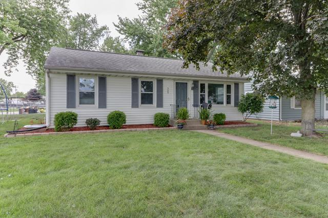 309 Meadows Avenue, Bloomington, IL 61701 (MLS #10449684) :: Berkshire Hathaway HomeServices Snyder Real Estate