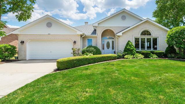 1929 Egerton Court, Woodridge, IL 60517 (MLS #10450196) :: Angela Walker Homes Real Estate Group