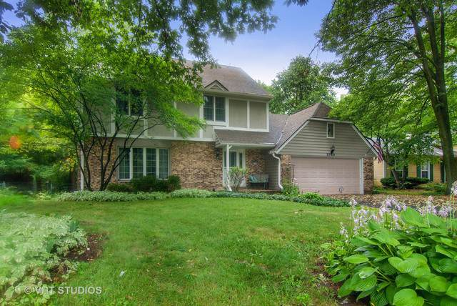 1140 Pine Court, Batavia, IL 60510 (MLS #10450247) :: John Lyons Real Estate