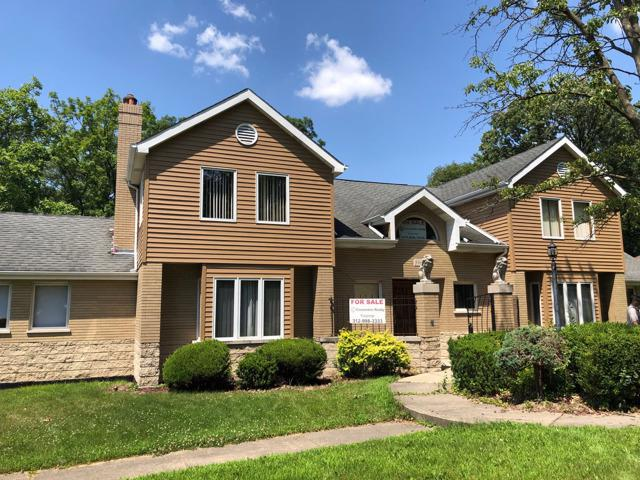 8960 W 100th Street, Palos Hills, IL 60465 (MLS #10450268) :: The Perotti Group | Compass Real Estate