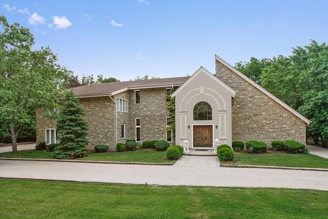 312 Ottawa Lane, Oak Brook, IL 60523 (MLS #10450289) :: Berkshire Hathaway HomeServices Snyder Real Estate