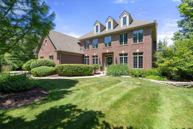 5N077 Forest Trail Court, St. Charles, IL 60175 (MLS #10450369) :: Berkshire Hathaway HomeServices Snyder Real Estate