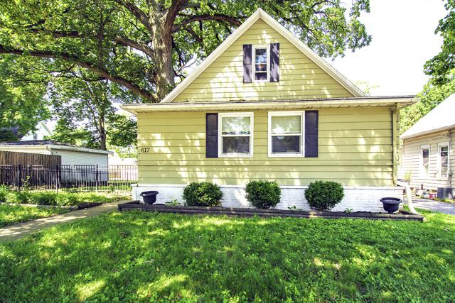 617 S Clinton Street E, Bloomington, IL 61701 (MLS #10450427) :: Berkshire Hathaway HomeServices Snyder Real Estate