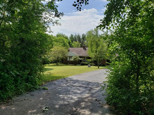 19211 Crowley Road, Harvard, IL 60033 (MLS #10450515) :: Ryan Dallas Real Estate