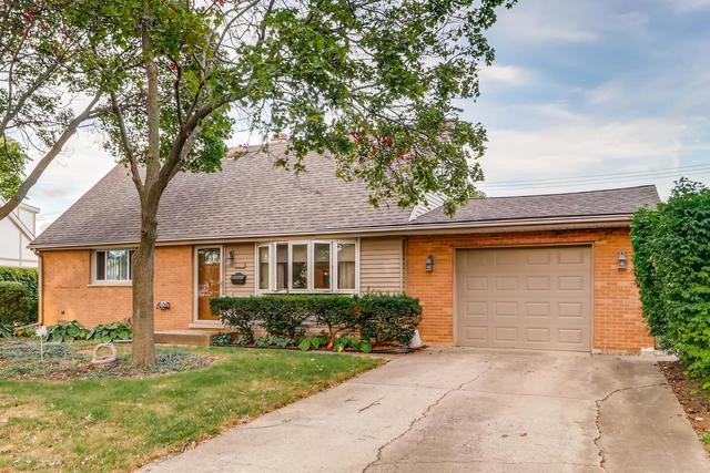 8943 Saratoga Drive, Bridgeview, IL 60455 (MLS #10450629) :: Property Consultants Realty