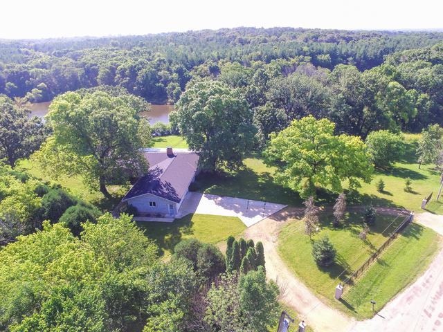 47 S Chana Road, Chana, IL 61015 (MLS #10450781) :: Property Consultants Realty