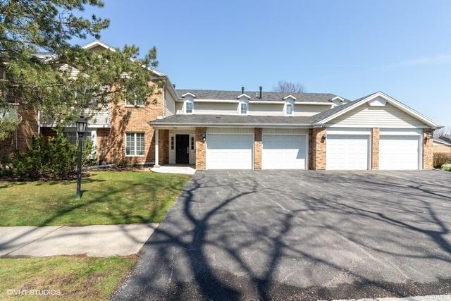 740 Cherrywood Lane A, Willowbrook, IL 60527 (MLS #10450783) :: Berkshire Hathaway HomeServices Snyder Real Estate