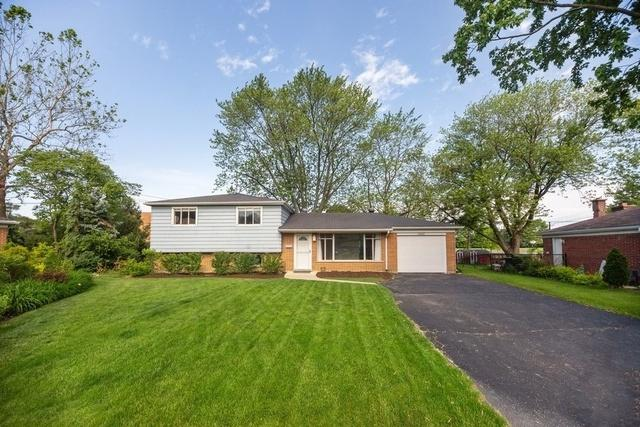 1022 Castle Drive, Glenview, IL 60025 (MLS #10450812) :: Berkshire Hathaway HomeServices Snyder Real Estate