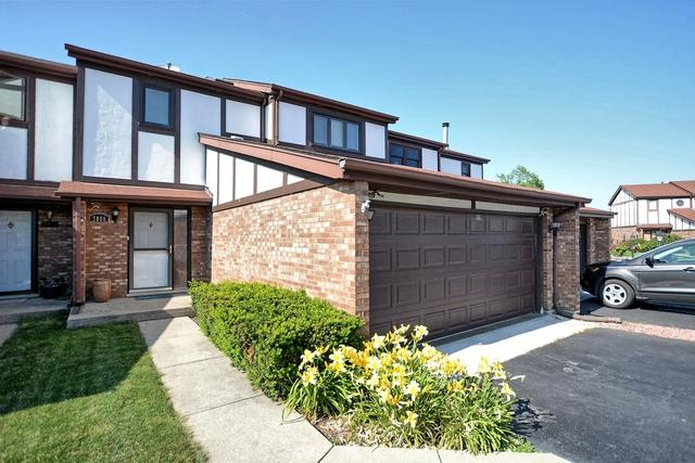 7860 Sheffield Drive, Palos Hills, IL 60465 (MLS #10450992) :: The Perotti Group | Compass Real Estate