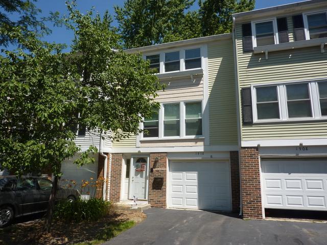 1910 Cheltenham Place, Schaumburg, IL 60194 (MLS #10451022) :: Berkshire Hathaway HomeServices Snyder Real Estate
