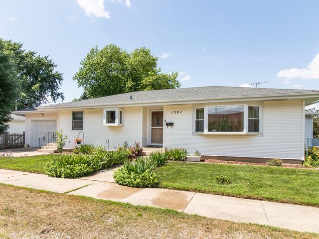 1501 Highland Avenue, Joliet, IL 60435 (MLS #10451126) :: Lewke Partners