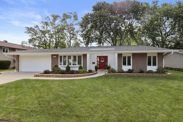 6509 Taylor Drive, Woodridge, IL 60517 (MLS #10451332) :: The Wexler Group at Keller Williams Preferred Realty