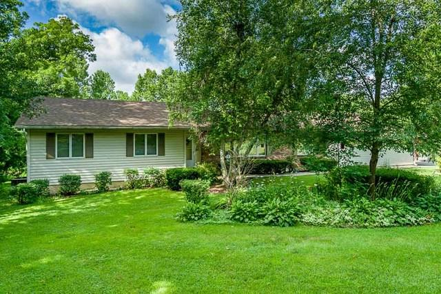 2751 Deer Path Trail, Freeport, IL 61032 (MLS #10451391) :: Berkshire Hathaway HomeServices Snyder Real Estate