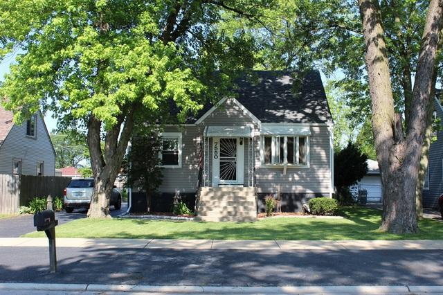7550 Latrobe Avenue, Burbank, IL 60459 (MLS #10451586) :: Property Consultants Realty