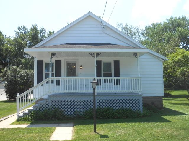 1065 North Street - Photo 1
