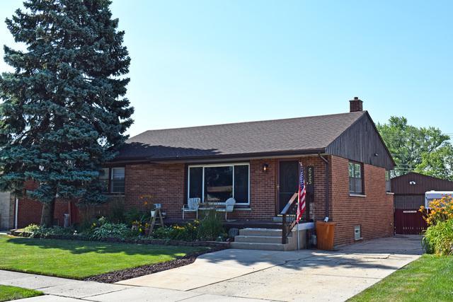 655 E Lincoln Avenue, Des Plaines, IL 60018 (MLS #10451680) :: Berkshire Hathaway HomeServices Snyder Real Estate