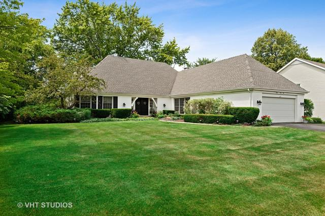 1141 Oak Ridge Circle, Barrington, IL 60010 (MLS #10451752) :: Berkshire Hathaway HomeServices Snyder Real Estate