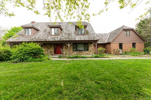 5 Seneca Avenue W, Hawthorn Woods, IL 60047 (MLS #10451776) :: The Dena Furlow Team - Keller Williams Realty