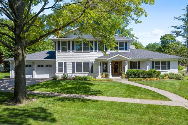 722 Revere Road, Glen Ellyn, IL 60137 (MLS #10451863) :: Berkshire Hathaway HomeServices Snyder Real Estate