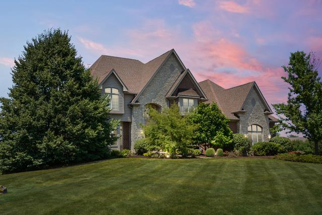 37W360 Mission Hills Drive, St. Charles, IL 60175 (MLS #10451883) :: Berkshire Hathaway HomeServices Snyder Real Estate