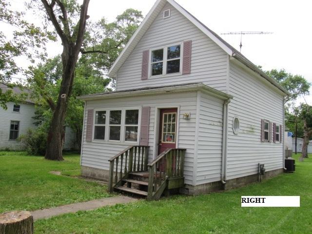 103 S 1st Street, Buckley, IL 60918 (MLS #10452028) :: Lewke Partners