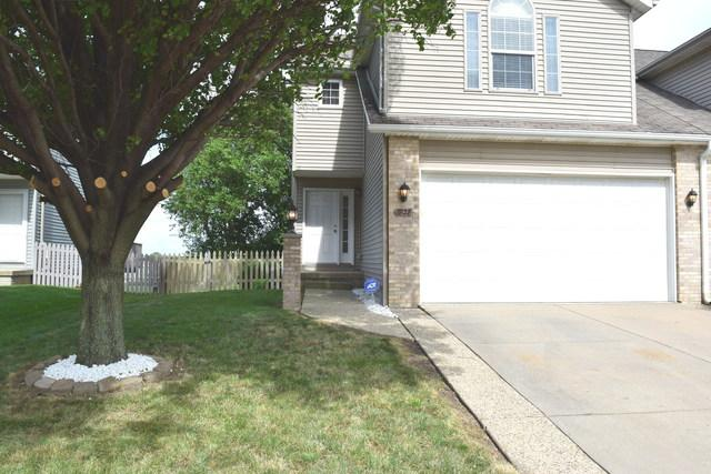 1828 Chuck Murray Drive, Normal, IL 61761 (MLS #10452046) :: Berkshire Hathaway HomeServices Snyder Real Estate