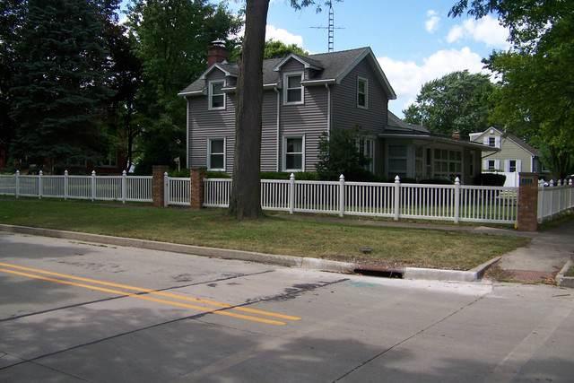 200 W Waupansie Street, Dwight, IL 60420 (MLS #10452183) :: John Lyons Real Estate