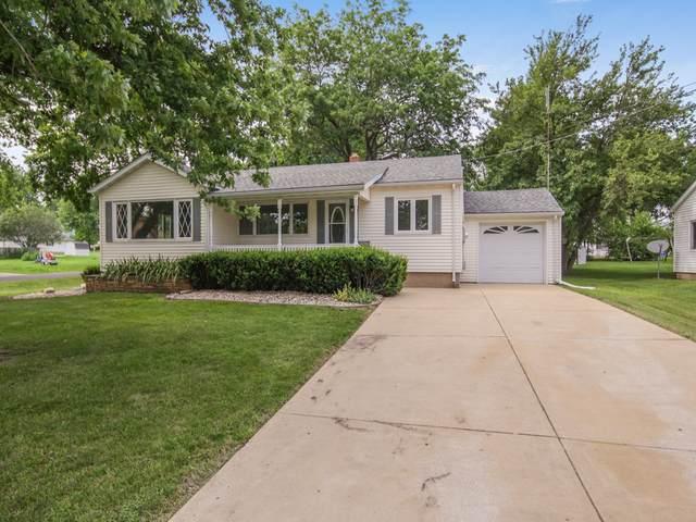 295 W Lincoln Street, El Paso, IL 61738 (MLS #10452204) :: Jacqui Miller Homes