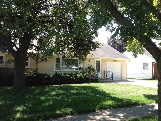 2703 Hooker Avenue, Rockford, IL 61108 (MLS #10452367) :: Lewke Partners