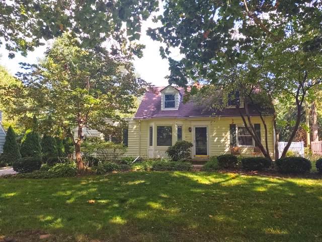 1004 Foley Avenue, Champaign, IL 61820 (MLS #10452448) :: John Lyons Real Estate