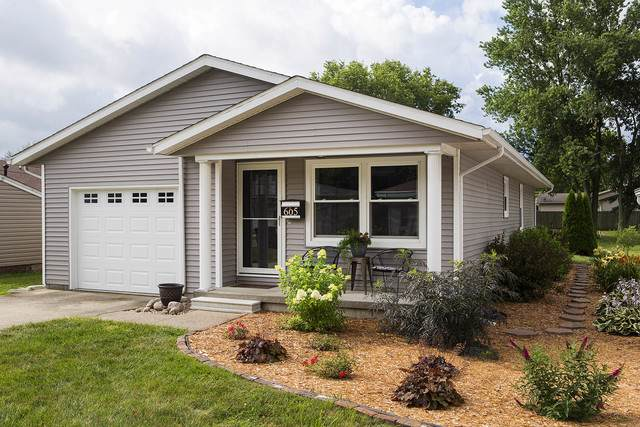 605 E Barker Street, Tuscola, IL 61953 (MLS #10452597) :: Ryan Dallas Real Estate