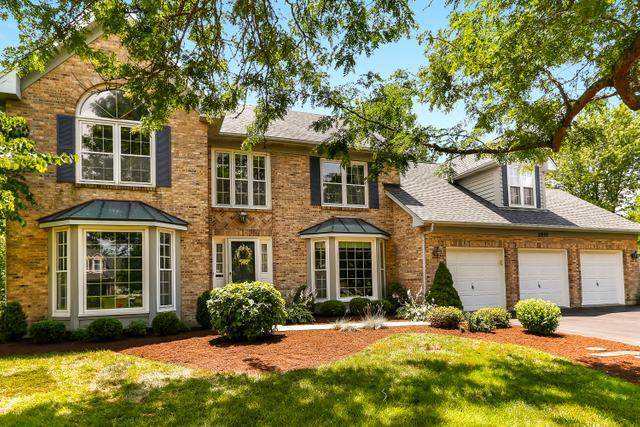 2801 Brittany Court, St. Charles, IL 60175 (MLS #10452747) :: Berkshire Hathaway HomeServices Snyder Real Estate