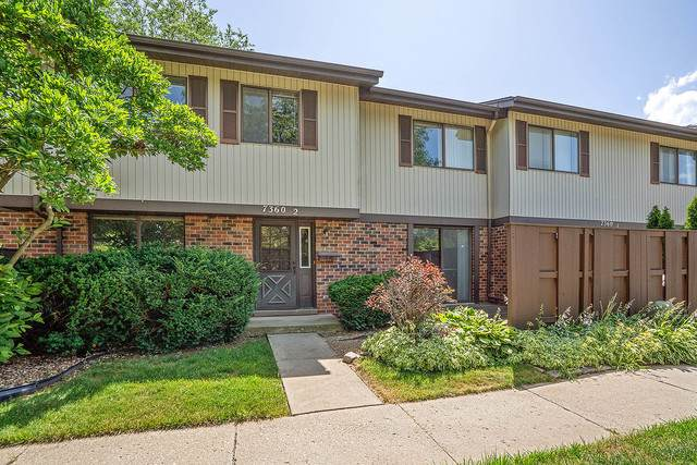 7360 Winthrop Way #2, Downers Grove, IL 60516 (MLS #10452752) :: The Wexler Group at Keller Williams Preferred Realty