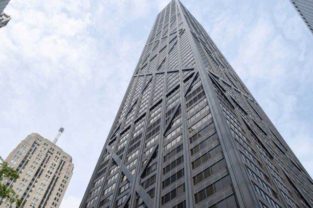 175 E Delaware Place #7207, Chicago, IL 60611 (MLS #10452919) :: Berkshire Hathaway HomeServices Snyder Real Estate