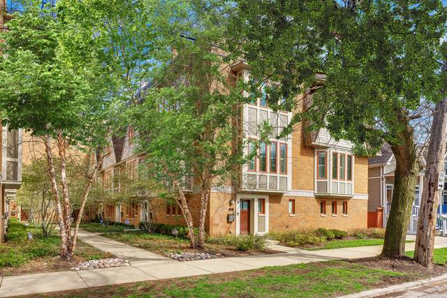 3147 N Honore Street, Chicago, IL 60657 (MLS #10453127) :: John Lyons Real Estate