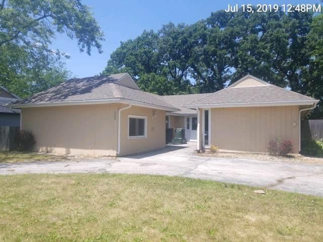 3208 Charlemagne Avenue, Hazel Crest, IL 60429 (MLS #10453319) :: Berkshire Hathaway HomeServices Snyder Real Estate
